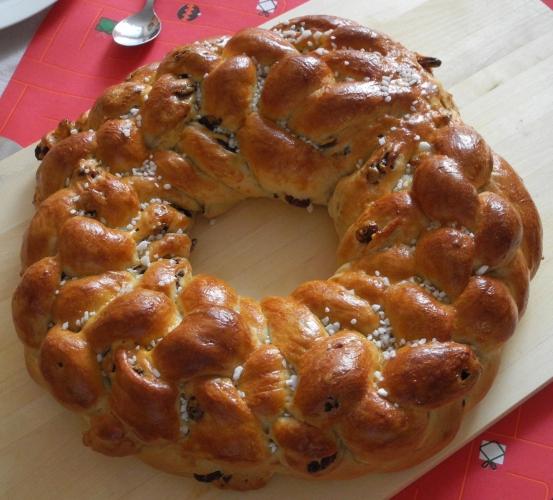 Rosinen-Hefezopf 8Strang geflochten   Kuchenkrümel