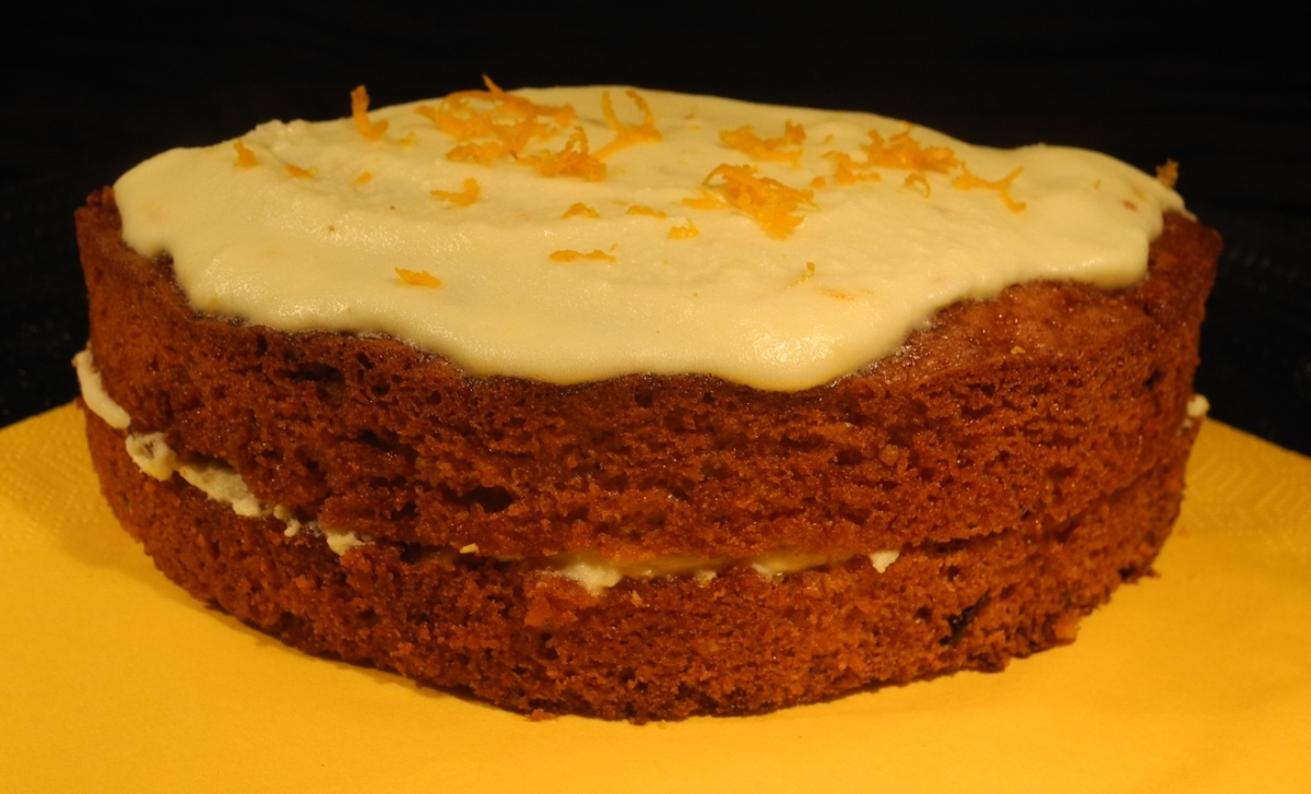 Translote Carrot Cake With A Cream Cheese Frosting