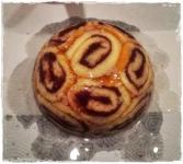 Torte mit Tortenguss übergießen