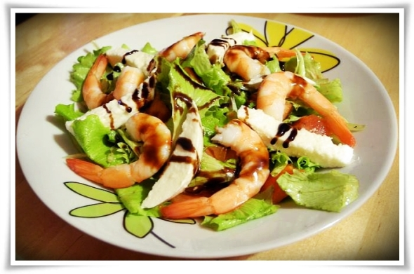 Salat_Garnelen_Mozarella