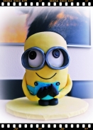 3d stand up Minion Cake